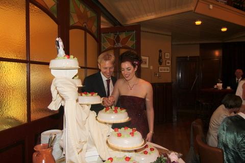 Feestelijke Bruidstaart
